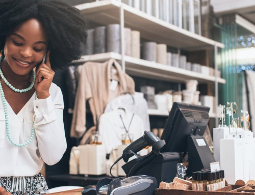 What are 3 key risks faced by retailers?